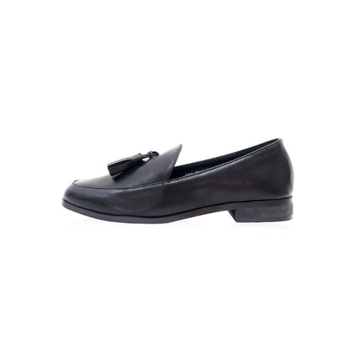 Cassie Loafer in Black