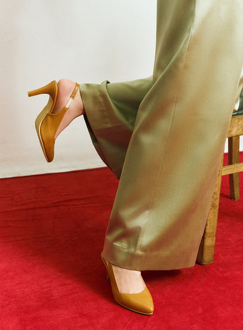 Daisy Heels in Tan