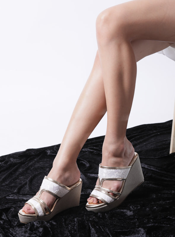 Elizabeth Wedges in Gold & White Lace