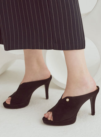 Grace Heels in Black