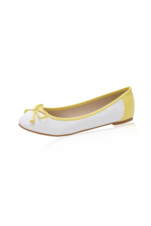 Kimmy Flats in Lemon
