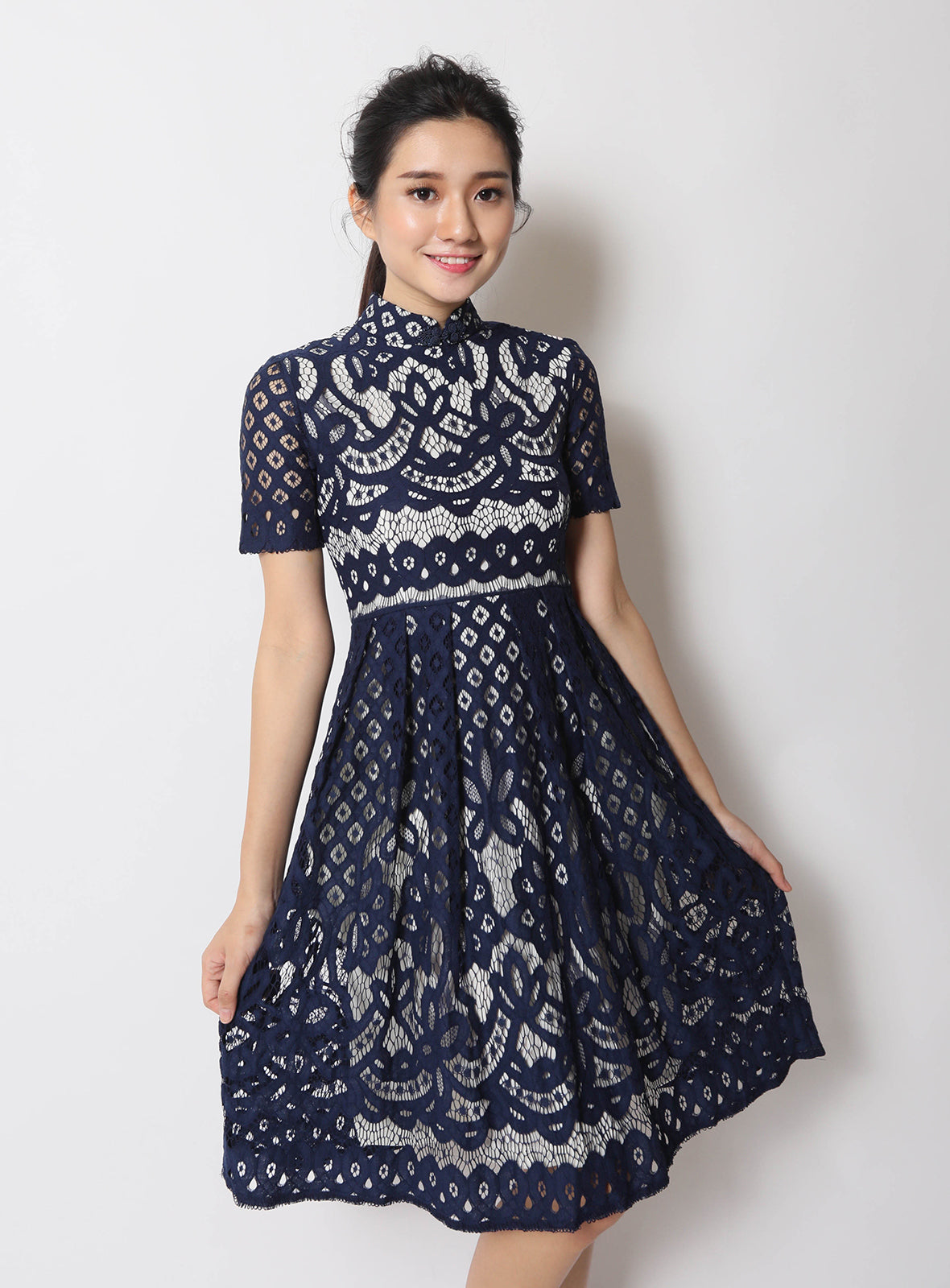 Lu Qi Pao in Navy