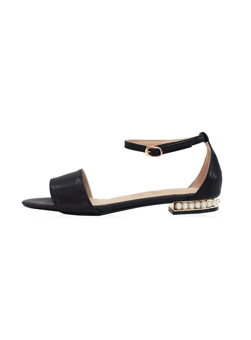 Luna Sandals in Black