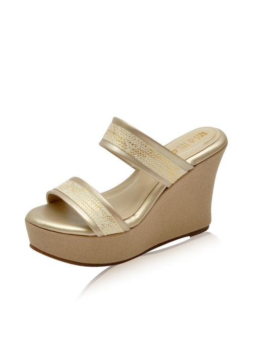 Sienna Wedges in Gold