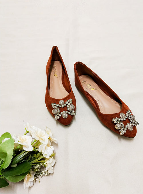 Sydney Flats in Brown