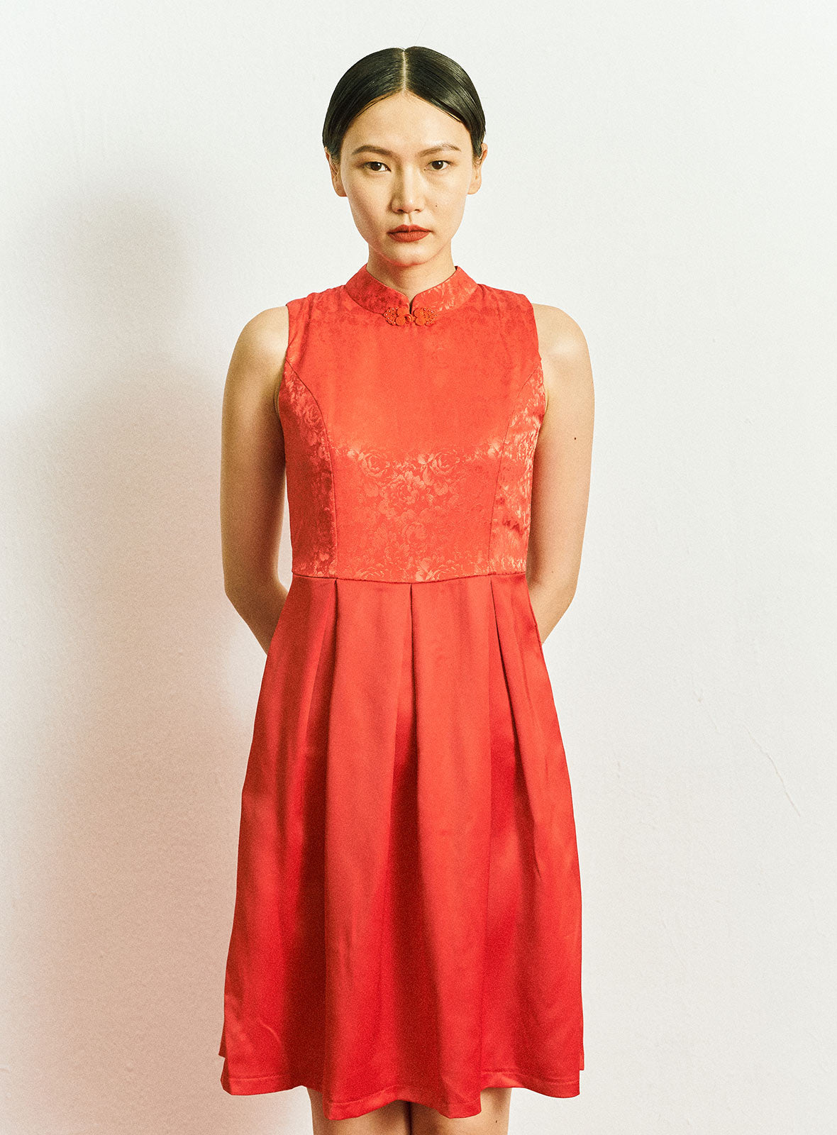 Ya Qi Pao in Red