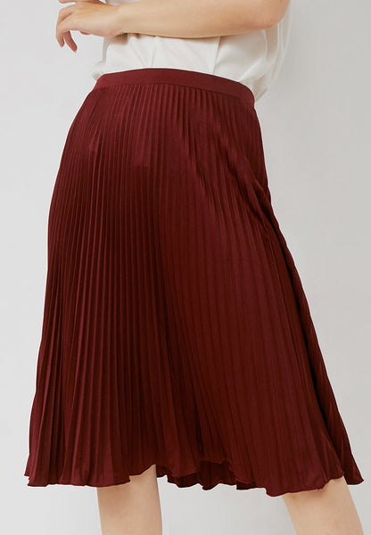 Basic Pleated Skirt Maroon