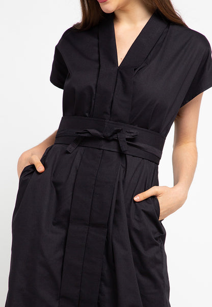 Basic Nyonya Dress Black