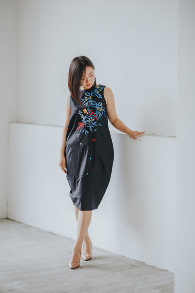 BLACK HANA Tulip Dress