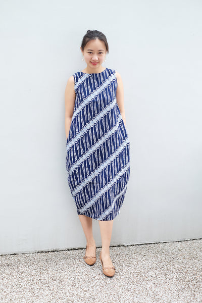 BATIK PARANG NAVY Tulip Dress