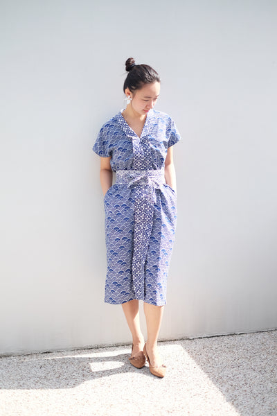SEIGAIHA せいがいは Batik Nyonya Dress Navy