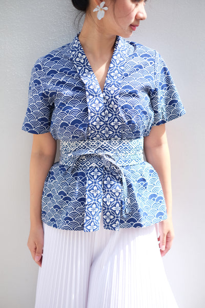 SEIGAIHA せいがいは Batik Nyonya Sleeve Top NAVY
