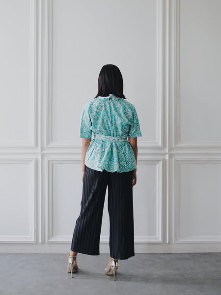 PORCELAIN MINT Flare Top