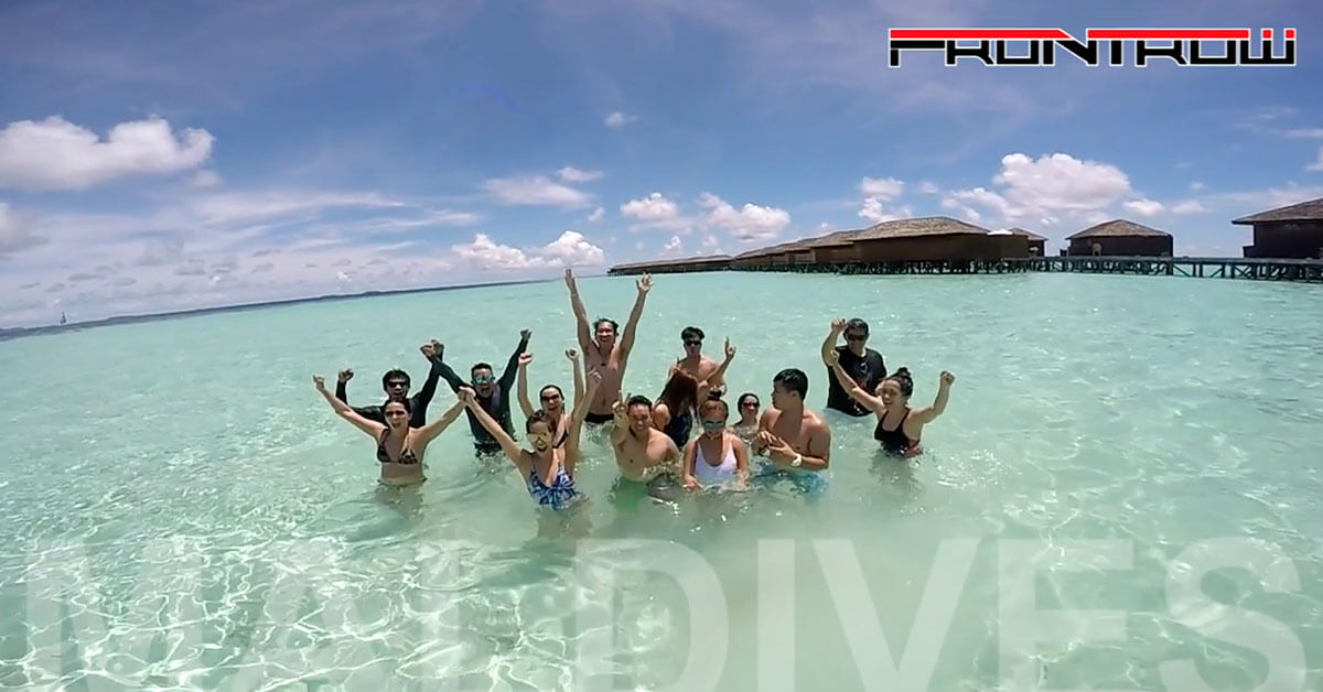 FRONTROW DISTRIBUTORS TAKE A BREAK AT MALDIVES.
