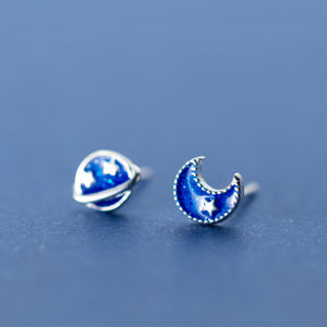 Blue Enamel Stud Earrings (Asymmetry)