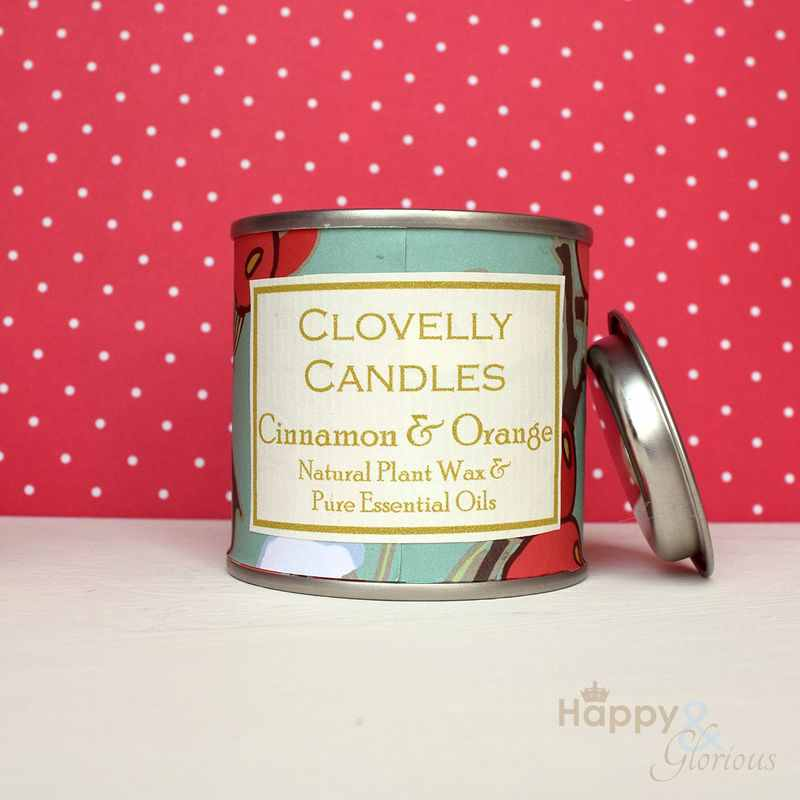 Clovelly Christmas cinnamon & orange plant wax candle in tin