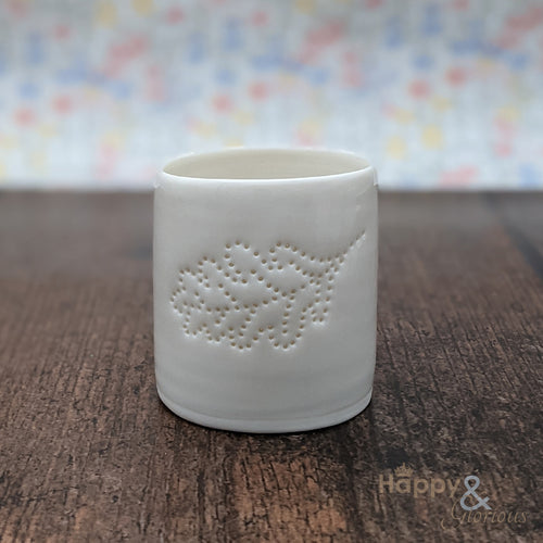 Porcelain oak leaf tealight candle holder by Luna Lighting