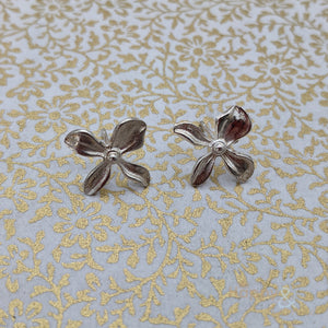 Sterling silver hydrangea flower stud earrings