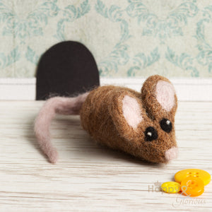 Brown mouse brooch needle felting craft kit