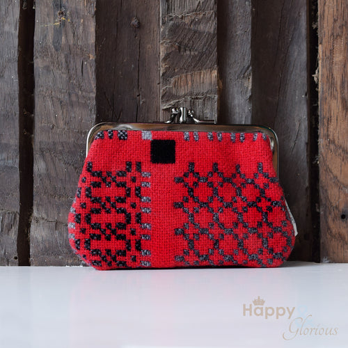 Medium lambswool 'Knot Garden' red clip purse