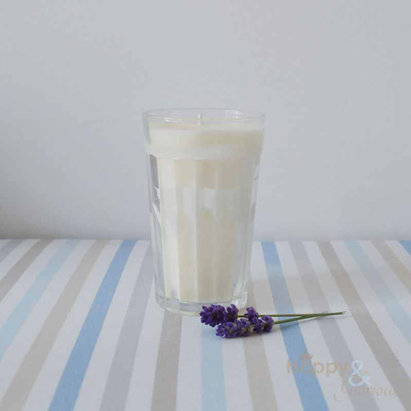 Organic lavender essential oil candle - natural plant wax