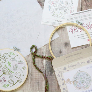 Seedhead Spray contemporary embroidery craft kit