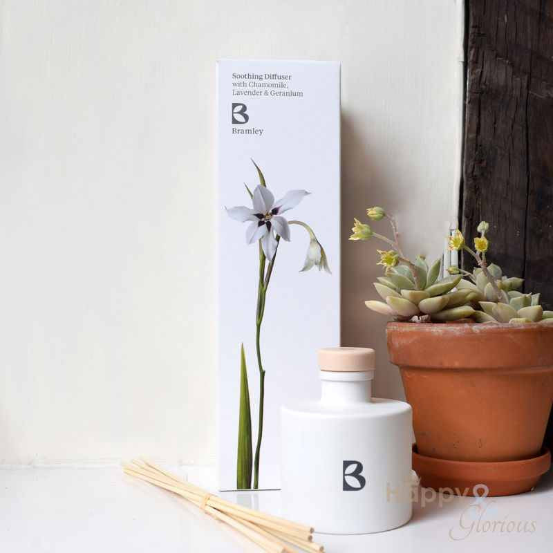 Soothing fragrance diffuser with Chamomile, Lavender & Geranium by Bramley Products