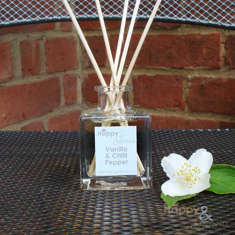 Vanilla & Chilli Pepper fragrance reed diffuser