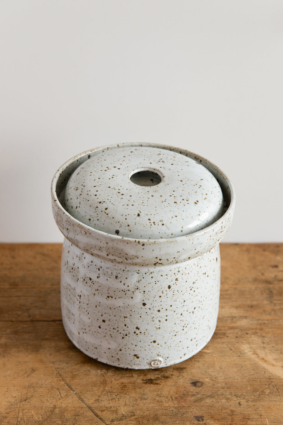 Hand-thrown 3L ceramic fermenting crock