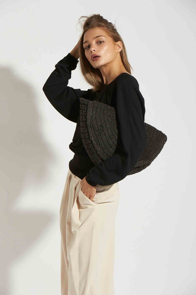 ASYMMETRIC SWEATER FITTED