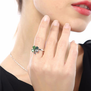 Clover Heart Ring