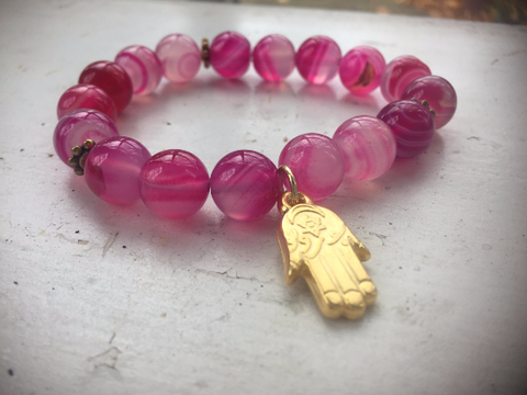 Pink Beaded Hamsa charm bracelet with pink agate beads.