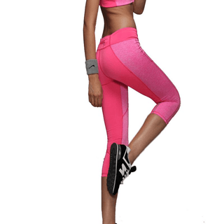 Pink Zipper Pocket Fitness Capri Leggings Picture