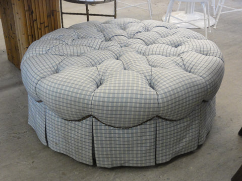 Tufted Upholstered Pouf Ottoman