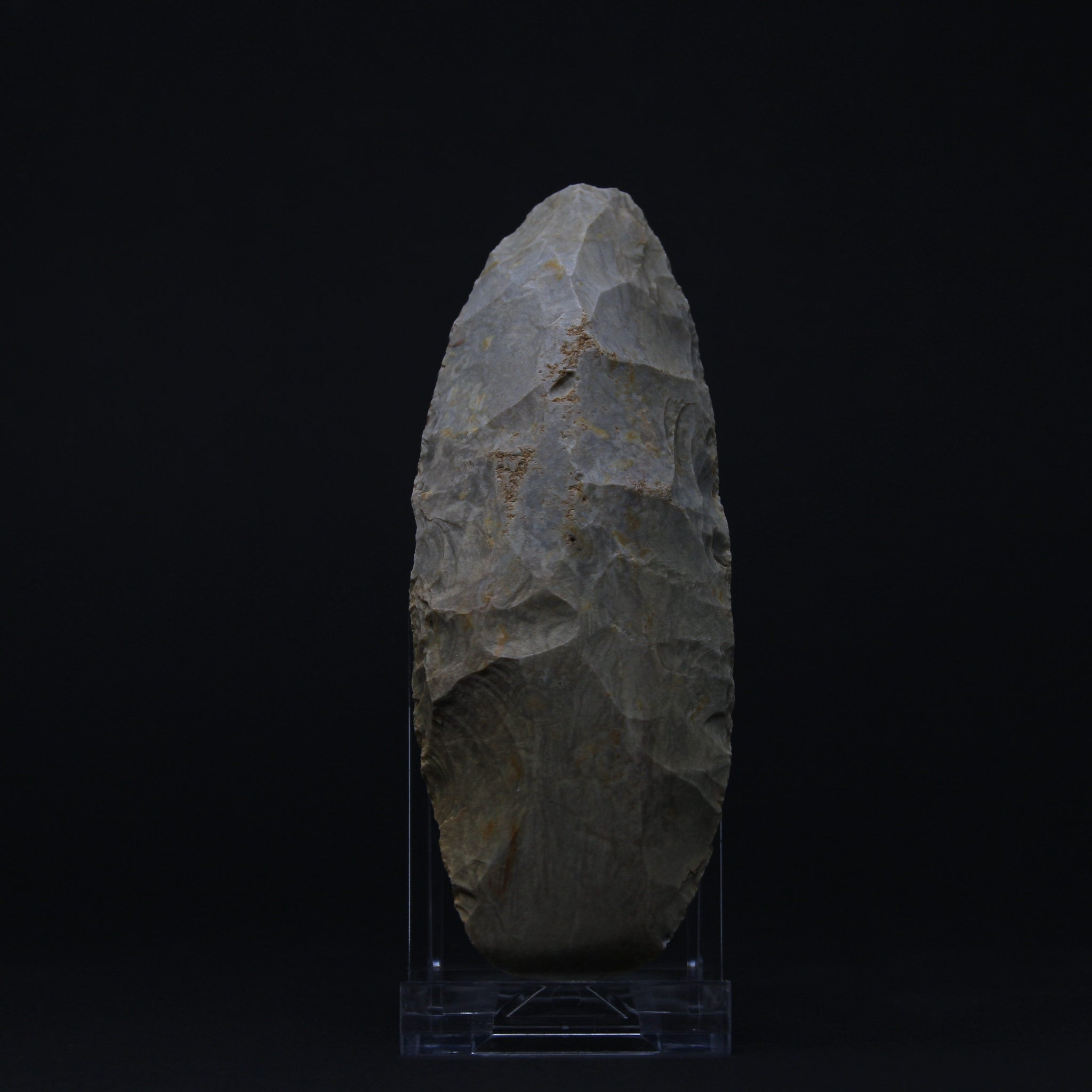 A Neolithic large finely worked polished agate axe | Tenerean-culture, 7200-4500 BP