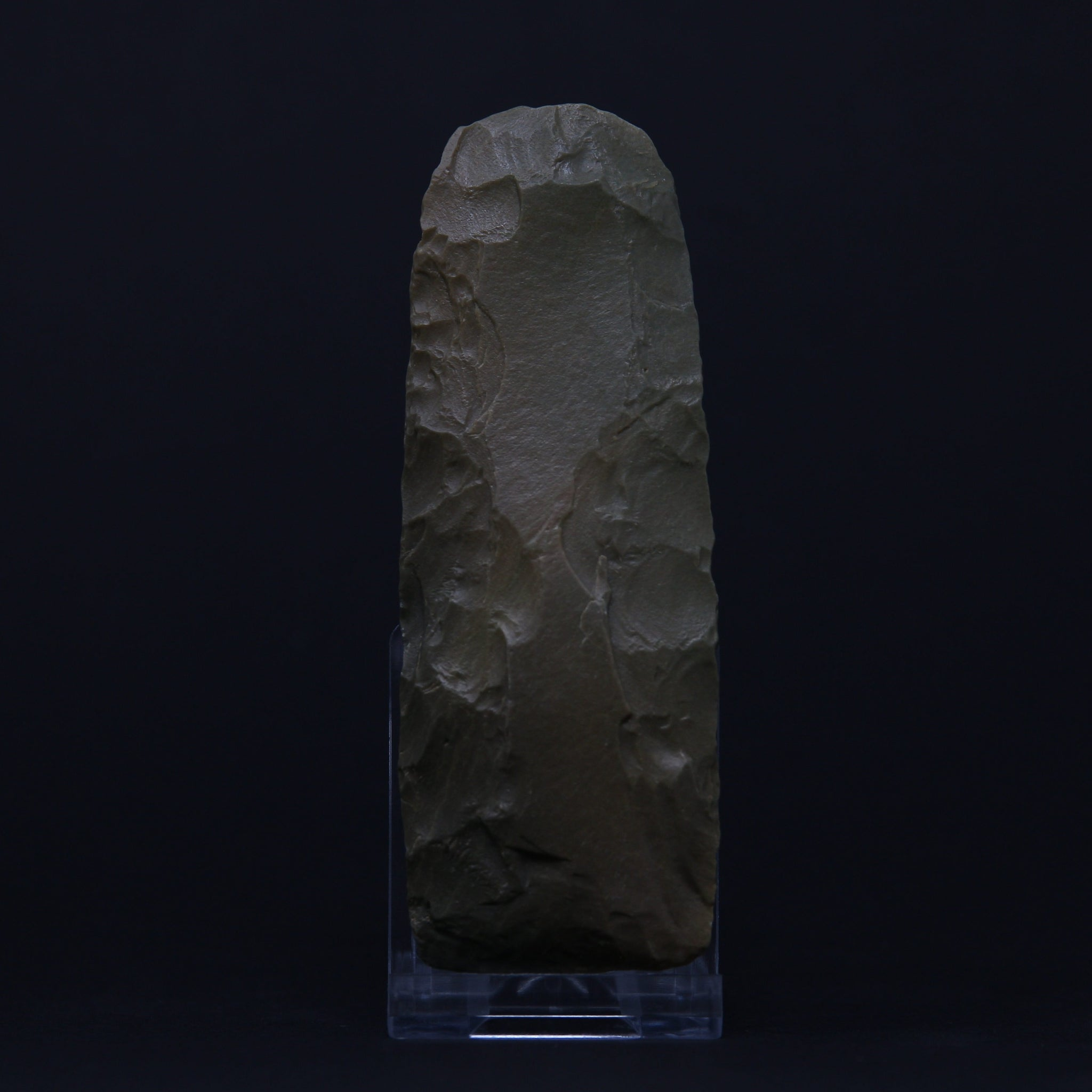 A Neolithic finely worked polished jasper axe |  Tenerean-culture, 7200-4500 BP