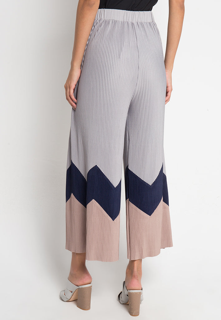 Zigzag Colorblock Pleated Culottes, Pants, Meitavi's