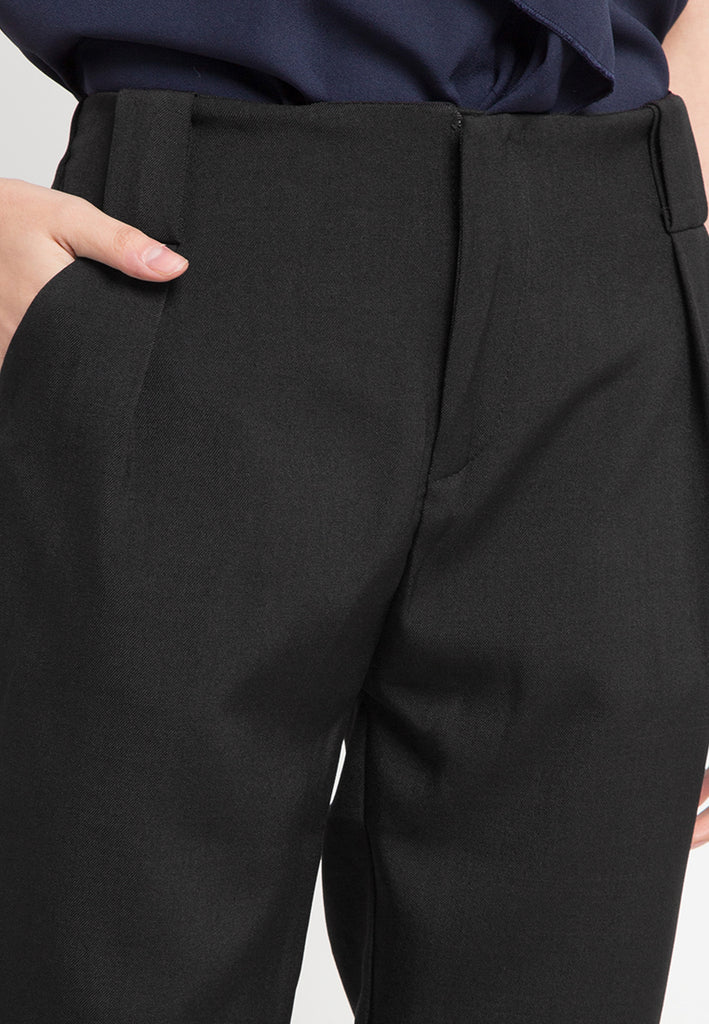 Pleat Waist Straight Pants