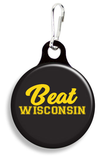 Iowa Beat Wisconsin - Fetch Life Pet Outfitters Dog & Cat Collar Clips