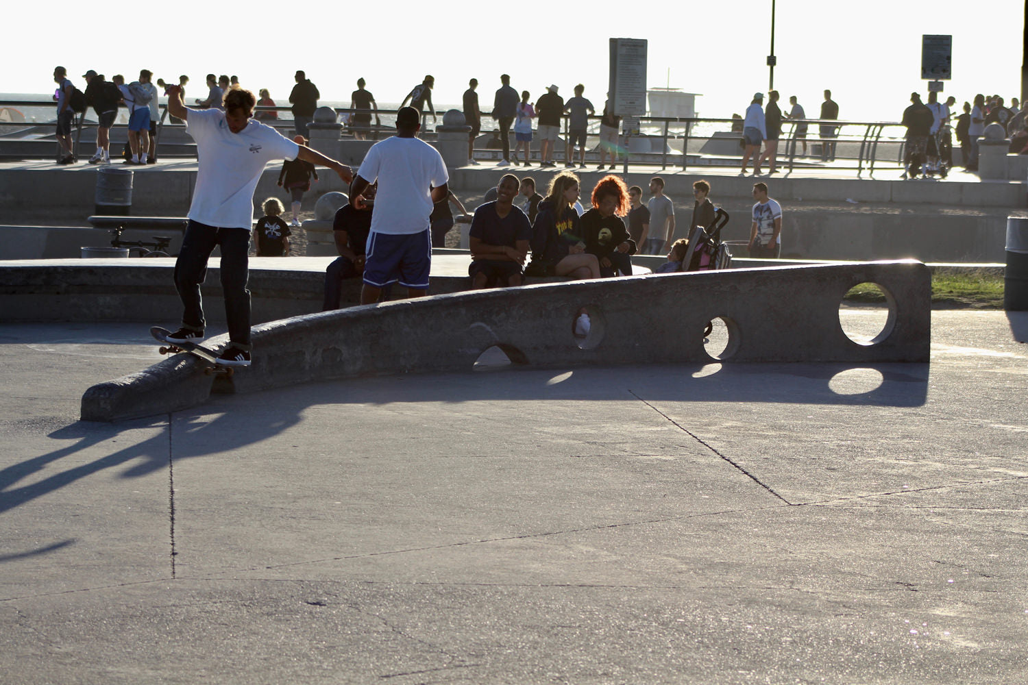 what-its-like-to-skate-venice-beach-skateboarding-longboarding-photo-5