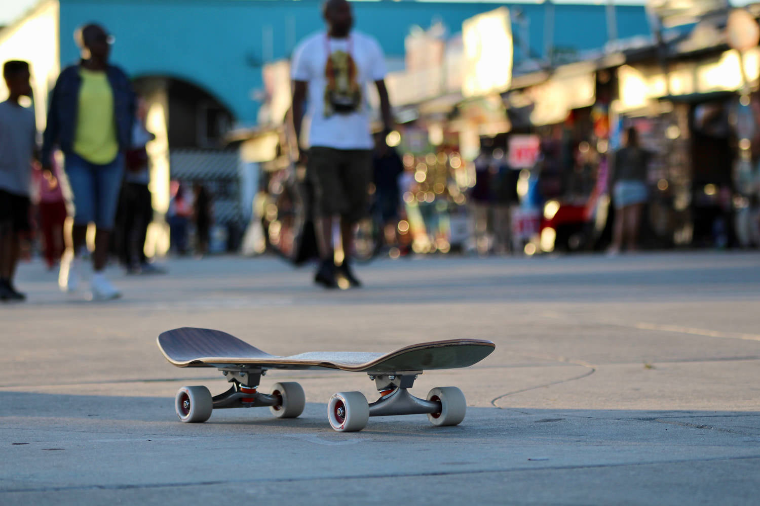 what-its-like-to-skate-venice-beach-skateboarding-longboarding-photo-7