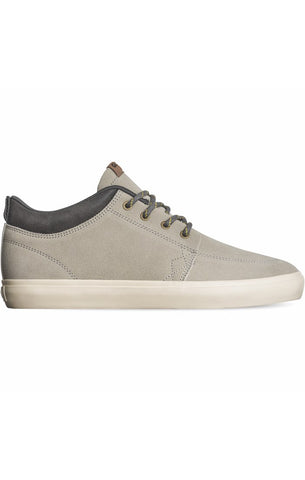 Globe GS Chukka Silver Birch Antique Skate Shoes