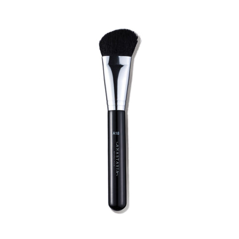 Anastasia Beverly Hills A18 Pro Brush - Angled Chiseler Brush