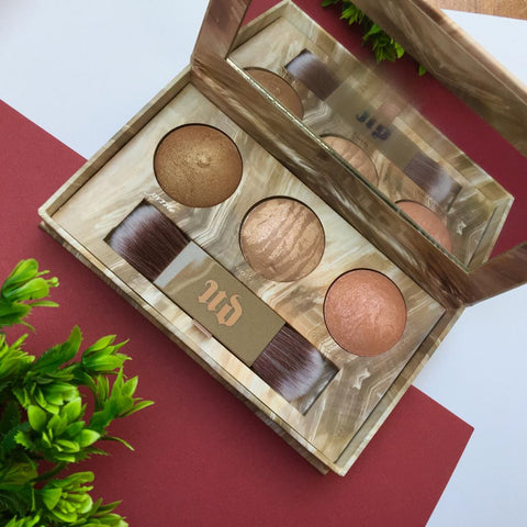 Urban Decay | Naked Illuminating Trio Shimmering Powder For Face And Body