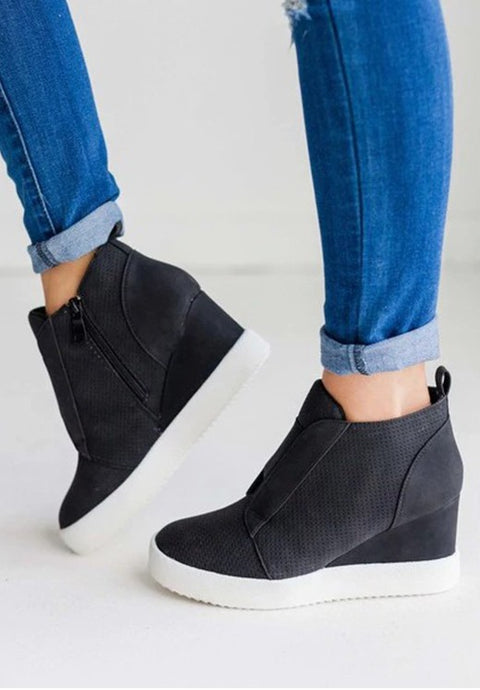 Zoey Wedge Sneaker in Black - Size 5.5