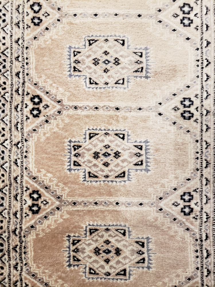 irj1121 - Vintage Oriental, Handknotted Wool Runner, (3' x 11') | OAKRugs by Chelsea high end wool rugs, good quality rugs, vintage and antique, handknotted area rugs