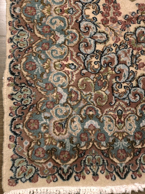 irj1160 - Vintage Oriental, Handknotted Wool Rug, (6' x 9') | OAKRugs by Chelsea high end wool rugs, good quality rugs, vintage and antique, handknotted area rugs