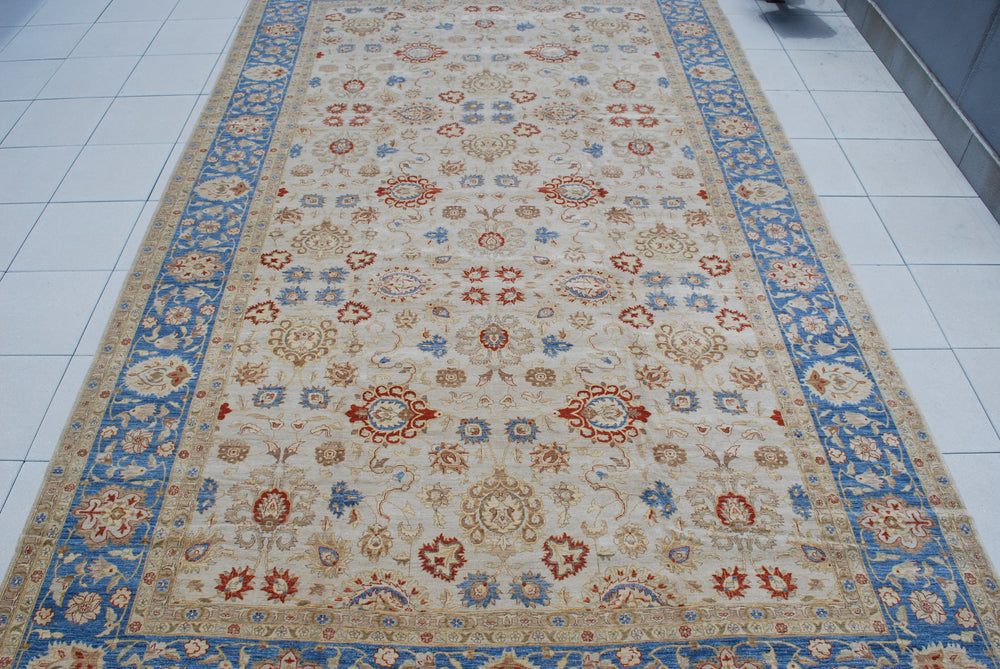 n5901 - Classic Agra Rug (Wool) - 13' x 20' | OAKRugs by Chelsea affordable wool rugs, handmade wool area rugs, wool and silk rugs contemporary