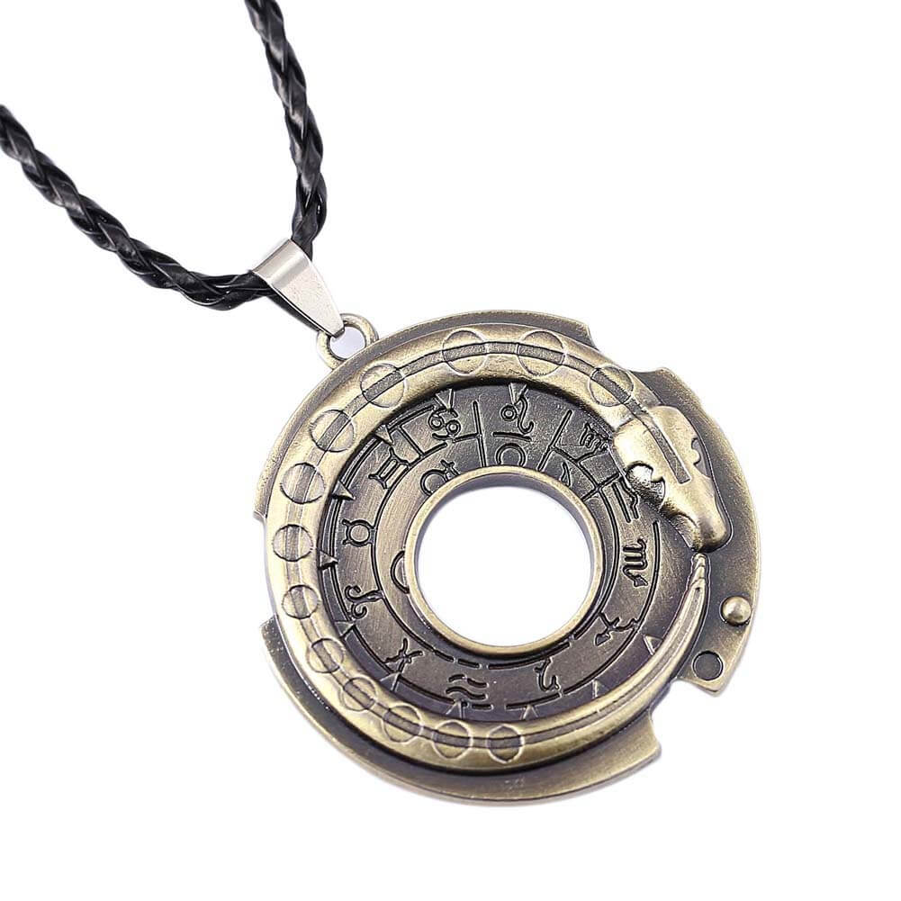 Assassins Creed - Connor Amulet - Ur One Stop Shop