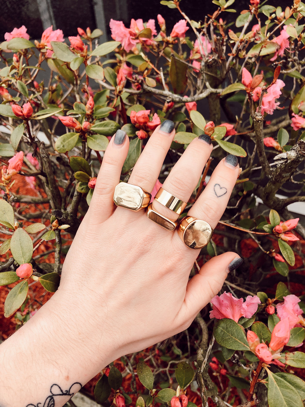 Set of 4 Gold Statement Rings